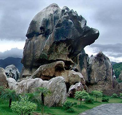 贺州市-平桂区-玉石林风景区